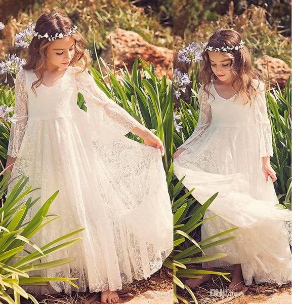 2019 Yeni Plaj Çiçek Kız Elbise Beyaz Fildişi Boho İlk Communion Elbise Küçük Kız Için V Yaka Uzun Kollu A-Line Ucuz Çocuklar Gelinlik