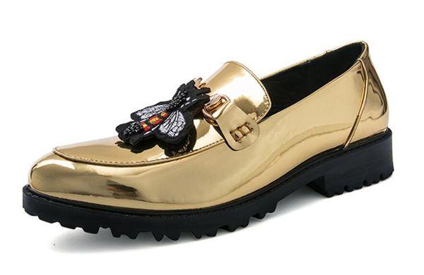2019New Men Thick Bottom Patent Leather Dress Shoes De Luxe Italien Style De La Mode Hommes Chaussures Formelles Hommes Tendance Abeille Motif En Cuir Chaussures DH2A24