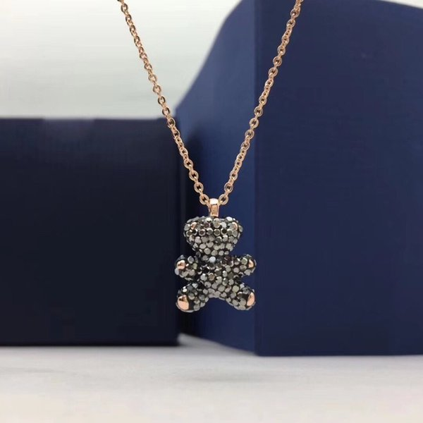 2019 the latest women's lively, charming and childlike necklace 3D three-dimensional teddy bear clavicle chain jewelry is full of charm