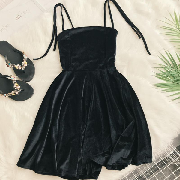 2019 Autumn Women Kawaii Solid Dress Velvet Spaghetti Strap Christmas Halloween Party Dress Empire A-line Vestidos Cute Clothing J190611