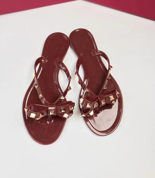 2019 New Womens Sandals 3D Rivet Bow Slippers Flat Sandals Jelly Flip Flops Pvc Beach Shoes Have perfume taste