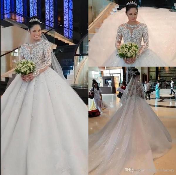 Vestidos de Noiva vestido de baile de renda vestidos de casamento mangas compridas frisado strass apliques de renda capela de trem Modest Weddimg vestidos de noiva