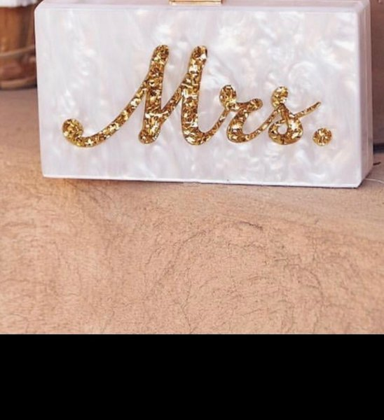 Fashion Customized Acrylic Box Clutches Lady Beach Party Handbag Pearl White With Silver Glitter Or Gold Glitter Name Mrs Letter Y19061301