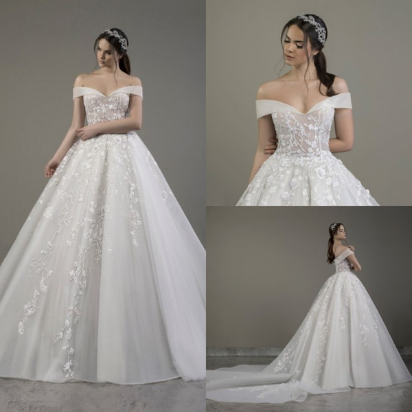 2020 Lace Appliqued Ball Gown Wedding Dress Off Shoulder Luxury Designer  Tulle Garden Outdoor Bridal Gowns Autumn Winter Wedding Dress Best Wedding