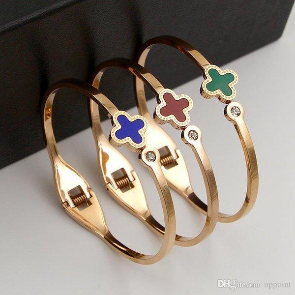 mulheres de aço inoxidável JewelryStore999 JewelryStore999 316L e homem do estilo Clover pulseira bonita para presentes Amor frete grátis bracelete