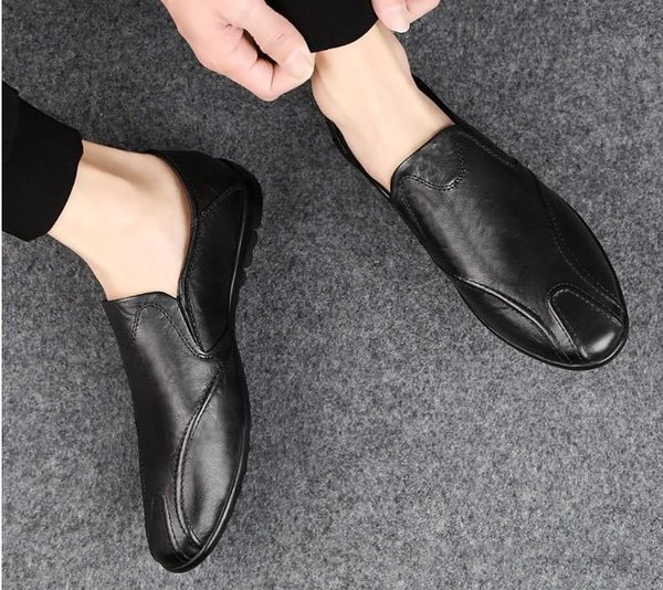 2019 Loafers Handmade Men Genuine leather Flat shoes Designer Metal Letter Buckle Slip On Boat Casual Shoes