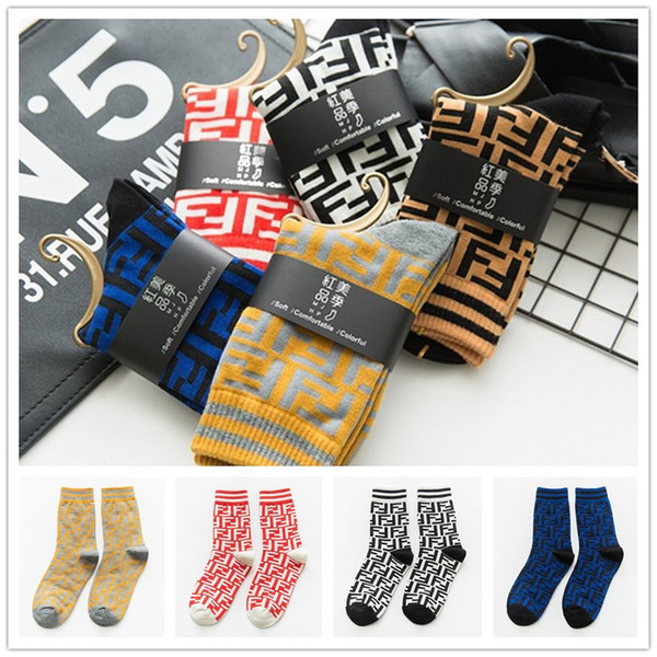 женские дизайнерские носки Марка FF Чулки Fends Осень Зима US-Euro Скейтборд Спортивные носки Street MidTube Хлопчатобумажные носки Ladys чулочно-носочные изделия C72302