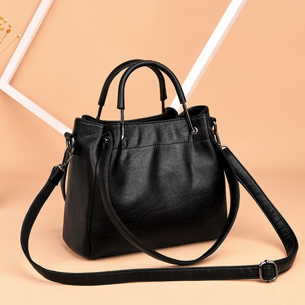 Women's New fashion Crossbody bag Shoulder Bags portable tourism Luggage Large capacity leather bag