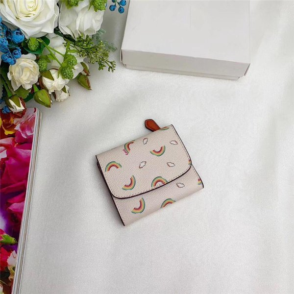 2019 free shipping women designer short wallet High Quality Leather luxury short Wallets for women Men Coin purse Card holder B100523W