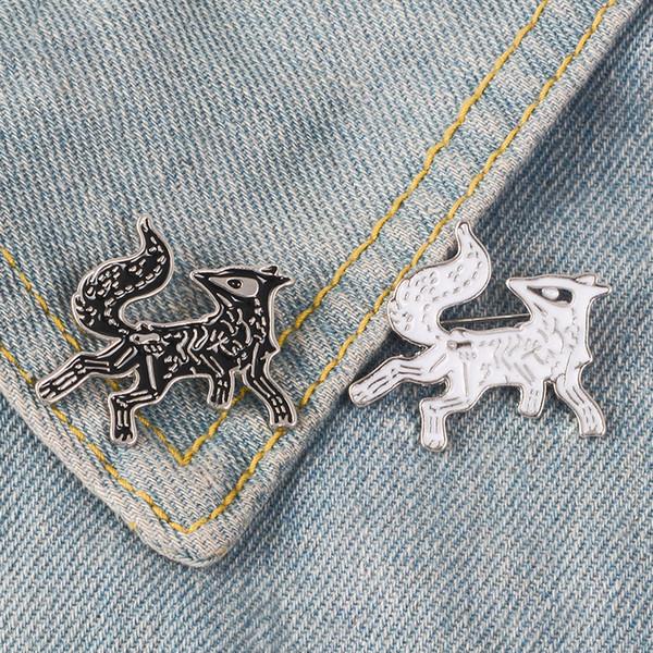 Black White Fox Enamel Pin Animal Skeleton badge brooch Lapel pin Jeans bag Denim Shirt Collar Punk Jewelry Gift for Friends