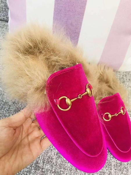 Sapato casual de pelúcia para as mulheres de luxo de moda fivelas de Metal mocassins menina plana sneakers designer de lado sandália senhora chinelo mais novo 3A