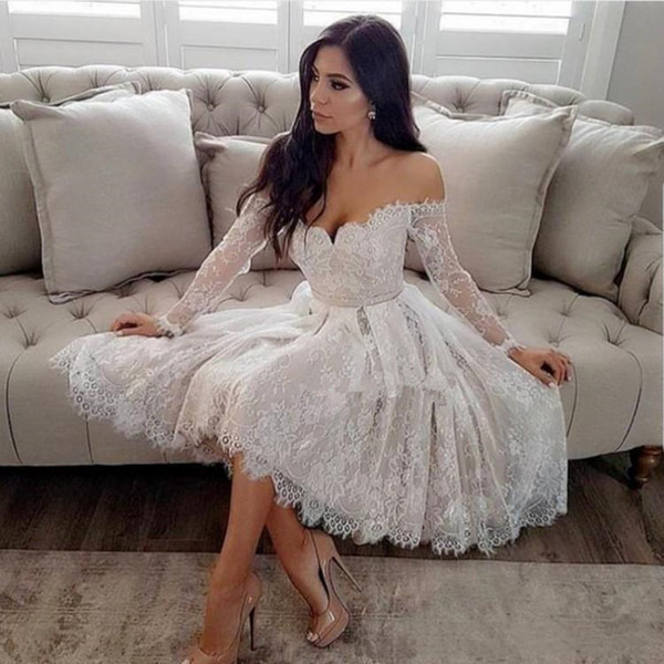 best selling Find Similar Short Off Shoulder Lace Homecoming Dresses 2019 Long Sleeve Knee Length Appliques Evening Prom Party Cocktail Gowns Maid Of Ho