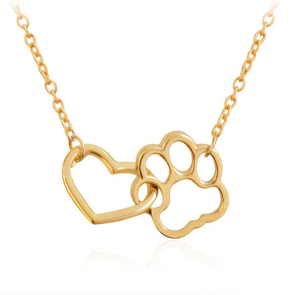 European And American Fashion Jewelry Ladies Clavicle Chain Classic Heart Pendant Necklace Japan And South Korea Alloy Short Money Jewelry
