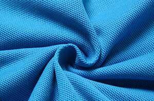 اللون الازرق