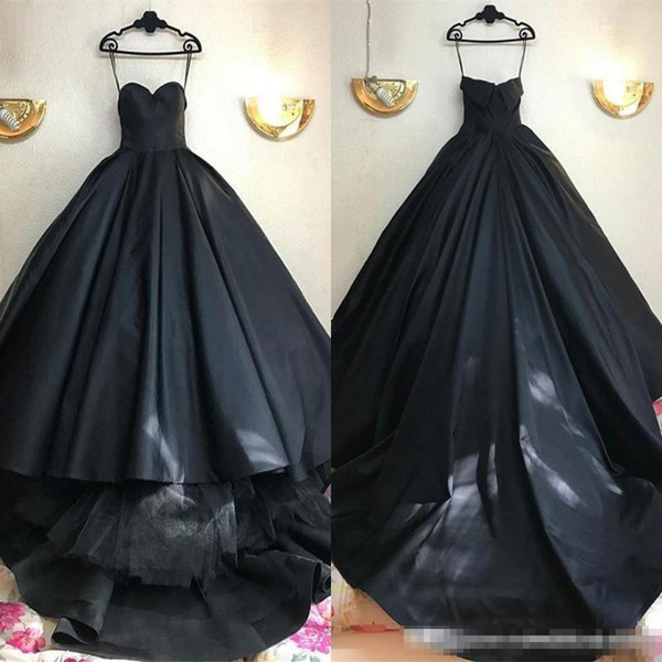 2019 Unique Black Prom Dresses Sweetheart Satin Sweep Train Ball Gown Evening Dresses Count Train Custom made Formal Dresses