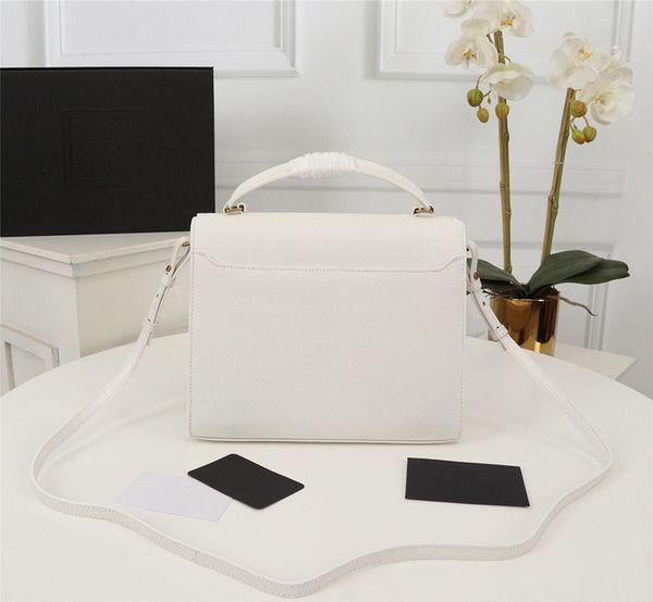 İlk stil-beyaz