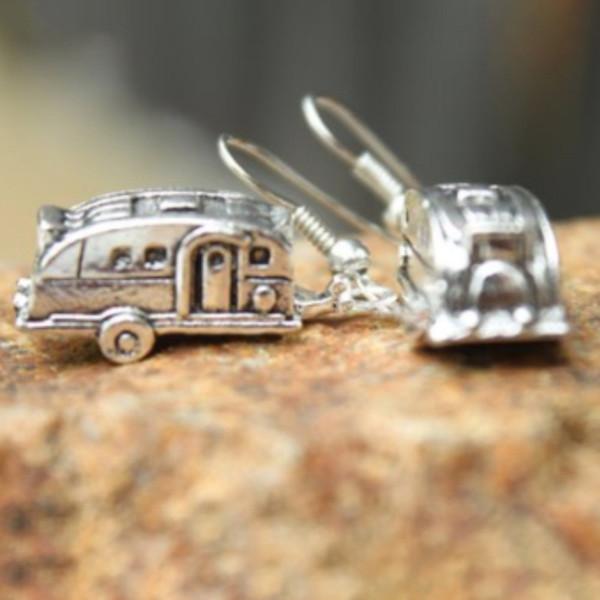 Boucles d'oreilles exquises créatif Simple en métal Camper Remorque boucles d'oreilles dames bijoux nouveau style ornements Superbe modèle Brincos