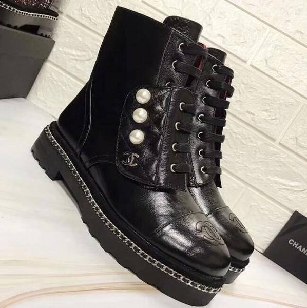 Compre Negro De Cuero Real Con Cordones De Perlas Con Tachas Mujeres Botines Botines Pisos Martin Botas Botas De Moto Zapatos Mujer Zapatos De Mujer