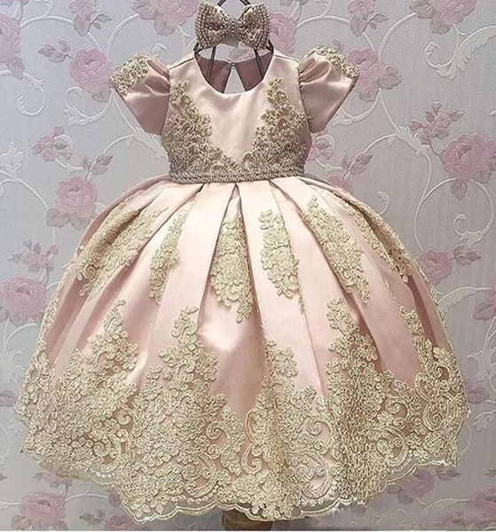 Cute 2019 Pageant Dresses Kids Toddlers Flower Girls First Communion Dress Ball Gown Gold Lace With Short Sleeves little Girls Party Dress