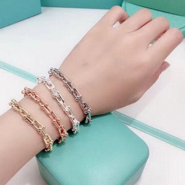 Nom de marque vente chaude bijoux Titane en acier de luxe T lettre U mot chaîne hommes et femmes bracelets Couple bracelet amour bijoux