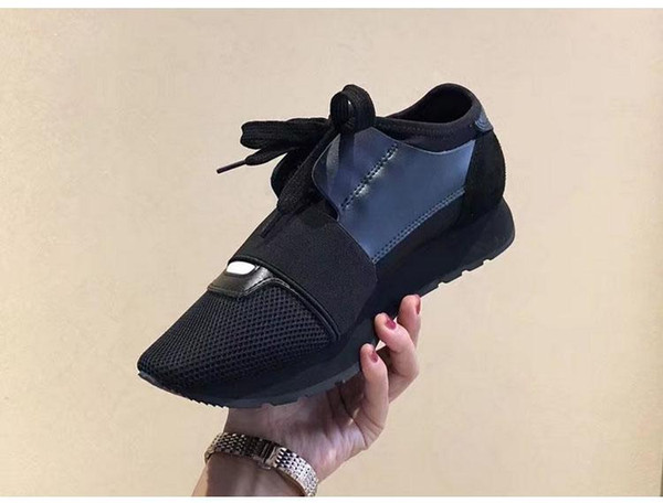 Venta al por mayor de alta calidad Race Runner Shoes Casual Hombre Mujer Moda Patchwork Colores mezclados Cuero Zapatillas de deporte baratas Zapatillas de deporte de malla Tamaño 35-46