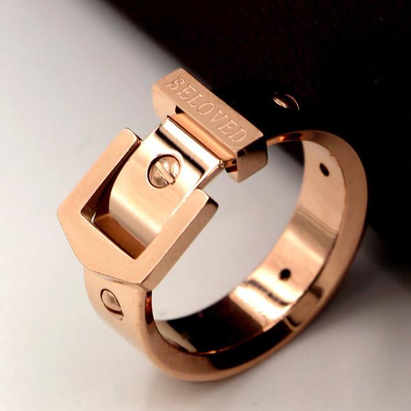7 millimetri di larghezza Punk Nail Belt Buckle Ring in acciaio inox Rose Gold Color Luxury Love Screw Rings per gioielli da uomo donna R009-1