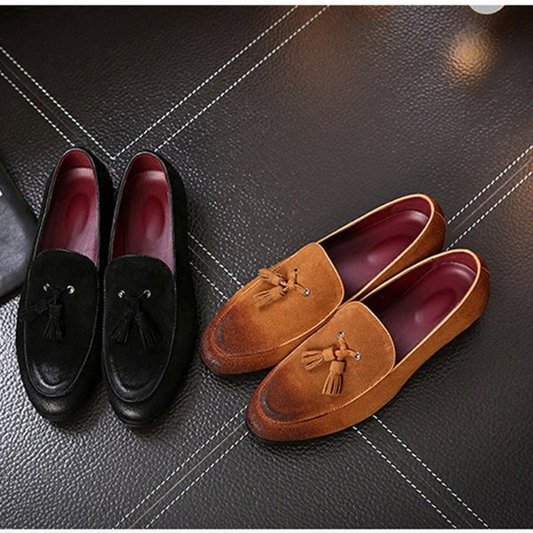 Hot Sale-Brand Casual Shoes Genuine Leather Cow Suede Tassel Men Loafers Designer Brand Slip On Dress Shoes Oxfords Shoes For Man Red Sole