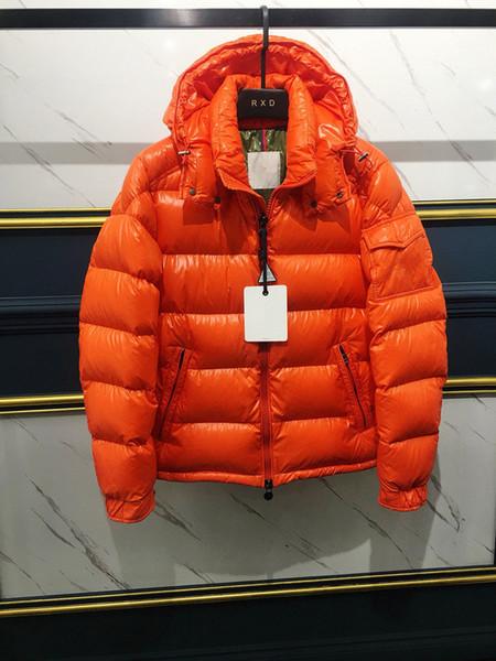 2019 New men Brand Winter down Jacket Men Short Lujo y alta calidad Llamativo logo Down Coat Diseño simple Doble cremallera chaqueta