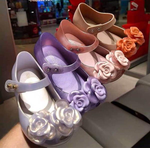 New flower kids sandals kids designer shoes girls sandals jelly kids shoes cute princess girls beach shoes sandales enfants retail A7404