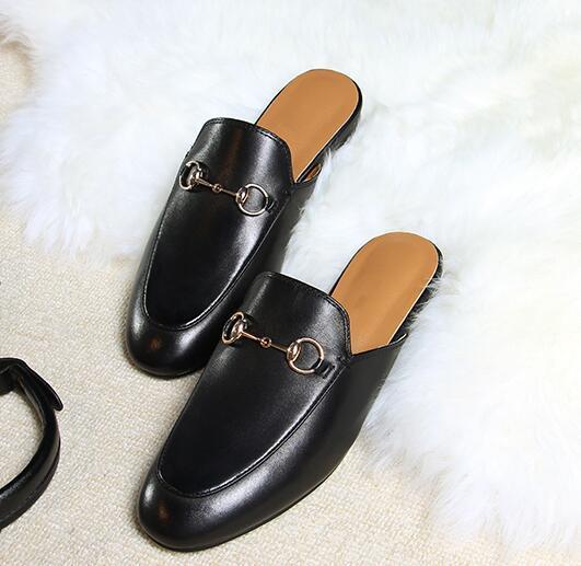 Черный кожаный