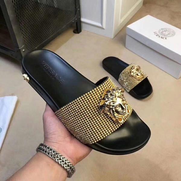 2019 Avrupa Marka üst sınıf Moda sandalet nedensel severler yaz huaraches terlik çevirme kadın erkek terlik EN IYI KALITE 35-45