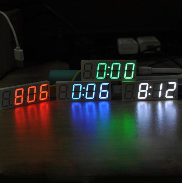 Dot Matrix LED DS3231 électronique DIY Horloge numérique Kit d'affichage Vert Rouge Bleu Blanc Lumière 5V USB Mciro horloge de voiture