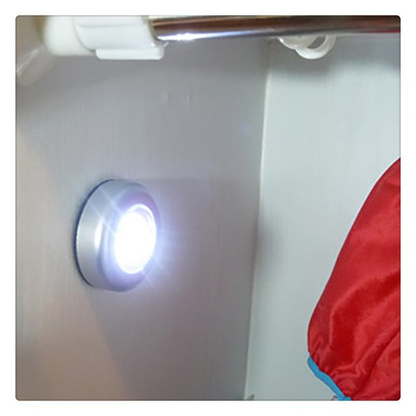 Großhandel Led Wireless Night Light Batteriebetriebenes Touch Lampe Zum Aufkleben Kabelloses Touch Licht Für Schlafzimmer Für Schranktheken Oder