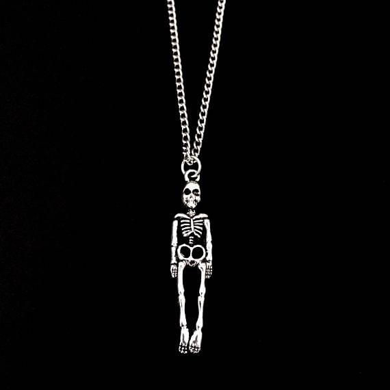 Human Skeleton Skull Necklace White Bone Personality Creativity Vintage Silver Gothic Statement Collar Necklace Pendant Terror Party Jewelry