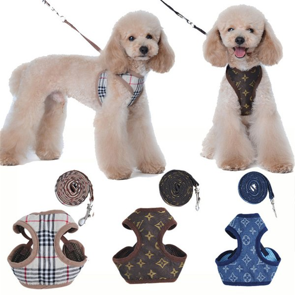 Dog Klassischen Grid Harness Adjustable Süße Blumen-Kragen-Haustier Doppelbuchstabe Leinen Cat Mesh-Breathable Harness Blue Jeans Geschirre
