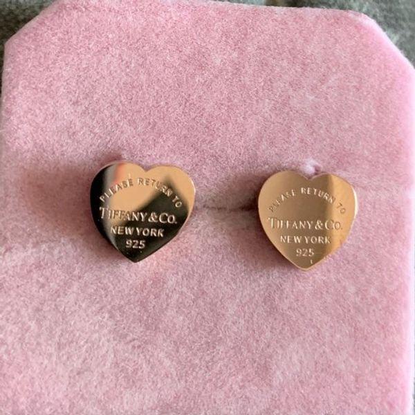 2019 Comercio al por mayor oro plata rosa oro Acero inoxidable Marca de lujo del corazón del perno prisionero pendientes para las mujeres de moda de señora pendientes de la joyería de la boda