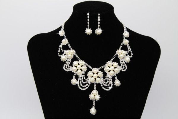 Дизайнер поп свадебное жемчужное ожерелье люкс люкс комплект орнамент горный хрусталь набор из двух частей фабрики сразу оптом