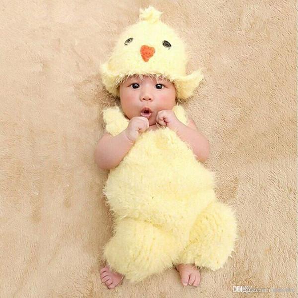 2Pcs del recién nacido polluelo del bebé del traje de punto de ganchillo Romper Sombrero Foto apoyo de la fotografía traje de la venta caliente con el envío libre