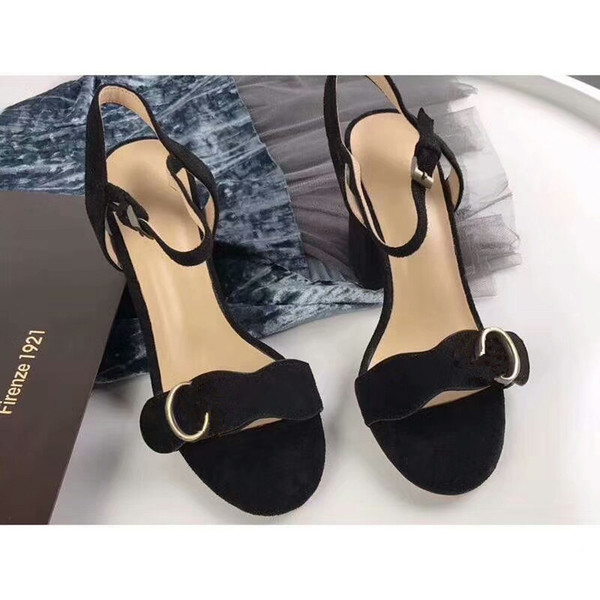Designer 2019 New Luxury high Heels Leather suede mid-heel Brand sandal Womens woman summer sandals Size 35-40 Girls summer shoes