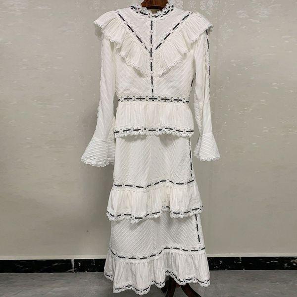 Red RoosaRosee Runway Designer Women Vintage Lace Patchwork Flare Sleeve White Midi Party Dress Holiday Resort Vestidos Robe Hot