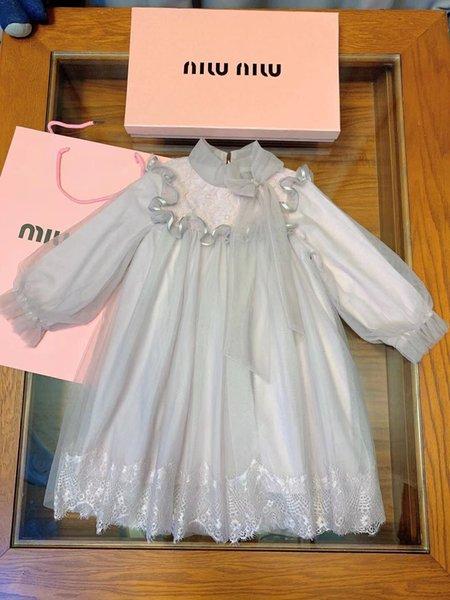 Filles habillent enfants vêtements de créateurs automne nouvelle fleur brodée robe au crochet jupe irrégulière robes de gaze