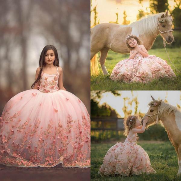Blush Pink Girl Vestidos de fiesta Vestidos de mariposa Mariposas Apliques de encaje Vestidos para niñas pequeñas Vestidos de niña Primera comunión para la boda