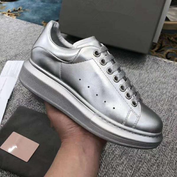 La nuova linea all'ingrosso di scarpe da ginnastica da uomo, scarpe da ginnastica bianche nere, scarpe da passeggio, taglia xy889601