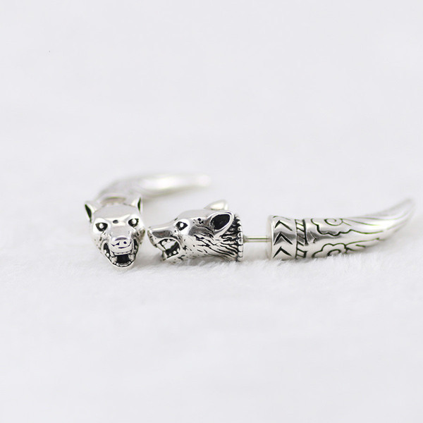 best selling S925 sterling silver earrings Anger Forest series vintage engraved wolf head sterling silver earrings curved bottom bracket sterling silver