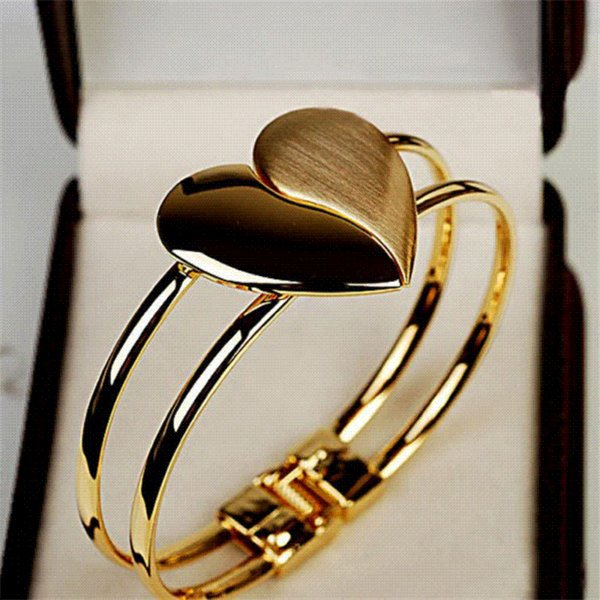 Cheap Bangle Bracelet New New Lady Elegant Heart Bangle Wristband Bracelet Cuff Bling Gift Magnetic Bracelet #501