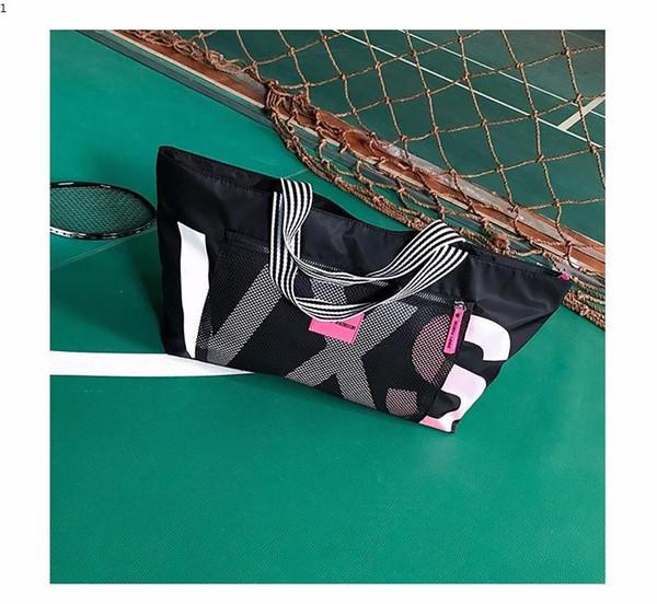 Designer-Large Capacity Unisex Travel Package Waterproof Duffel Bag Luxury Designer Men Women Luggage Storage Pack Simple Trip Tote Gym Bags