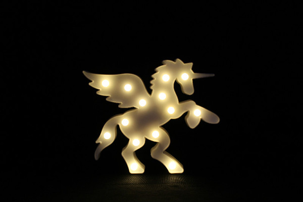 LED Table Night Light Marquee Heart Christmas Coconut Tree Home Party Decoration 3D Desk Room Bedside Lamp