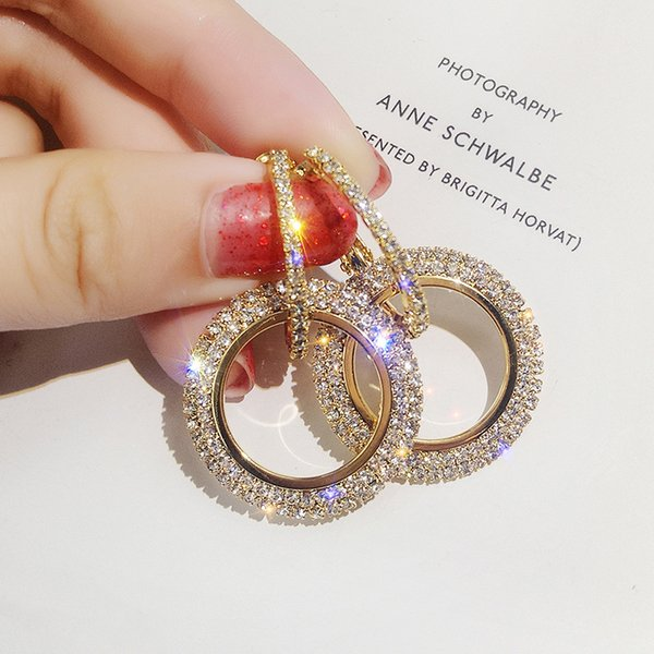 top popular New creative jewelry high-grade elegant crystal earrings round Gold and silver earrings wedding party earrings for woman 2021