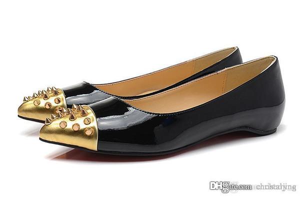 Nero pelle verniciata d'oro testa del chiodo con picchi di rosso delle donne scarpe con suole piatte donna Scarpe Donna Basso Calzature Pompe Sneakers per le donne