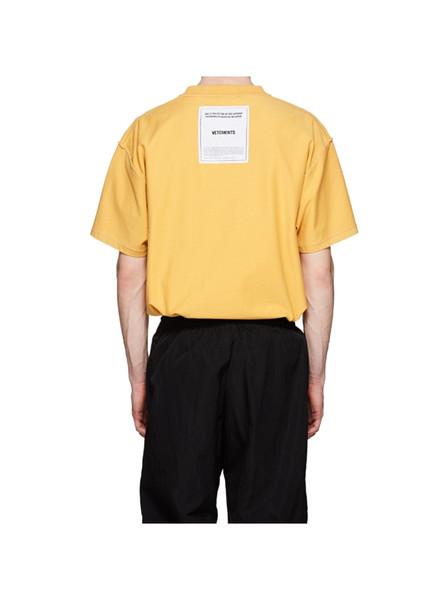 Printemps Été 2019 De Luxe Vetements Patch Arrière De Haute Qualité T-shirt De Mode Hommes Femmes Porter À L'intérieur-T-shirt Casual Coton Tee Top